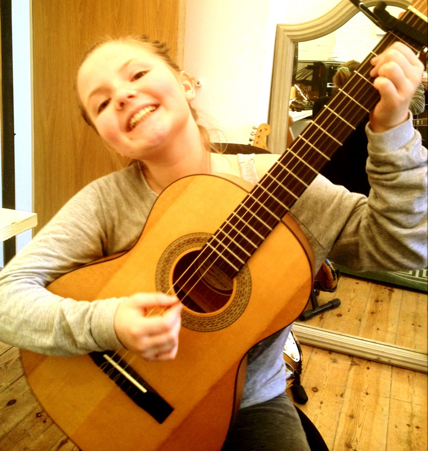Guitar Lessons London-Guitar Lessons Notting Hill